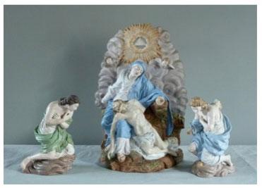 Restauration de terres cuites polychromée Groupe sculpté, Vierge de Pitié et deux anges, terre cuite polychromée, C.J. Avisseau, 1837, musée Le Carroi, Chinon (37)